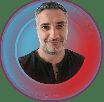 Mickaël Petit est créateur de sites internet et de contenus pour le web