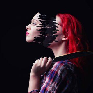 Création du jour : Face off  #webdesigner  #pictureoftheday #adobephotoshopcc  #paris #france🇫🇷 #france  #surrealistic #motiondesigner #motiondesigner #graphicdesigner #artoninstagram #knife #face #faceoff #photopassion #photoshop #adobe #adobephotoshop #graphisme #artvisual #womanface #woman #graphicart